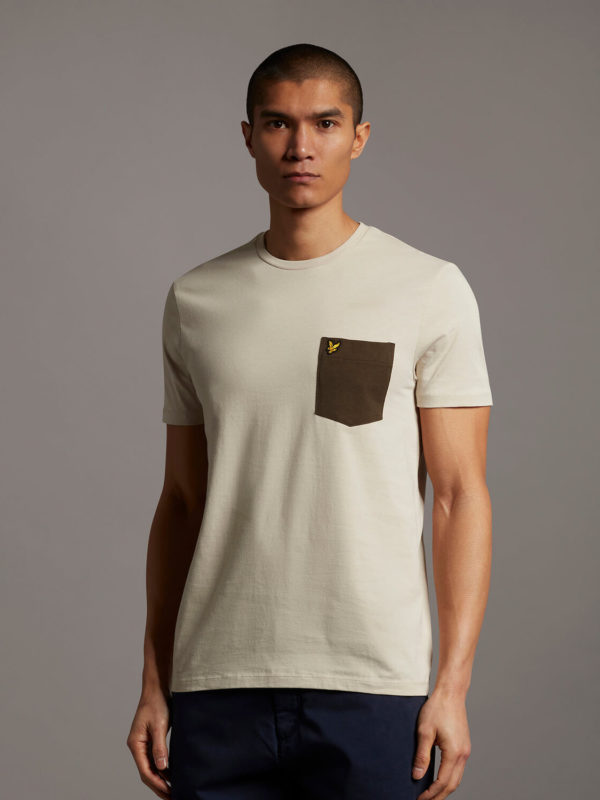 T-Shirt - Contrasr pocket t shirt